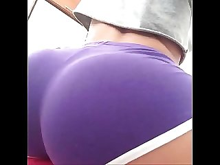 Hot Amateur showing Perfect Ass